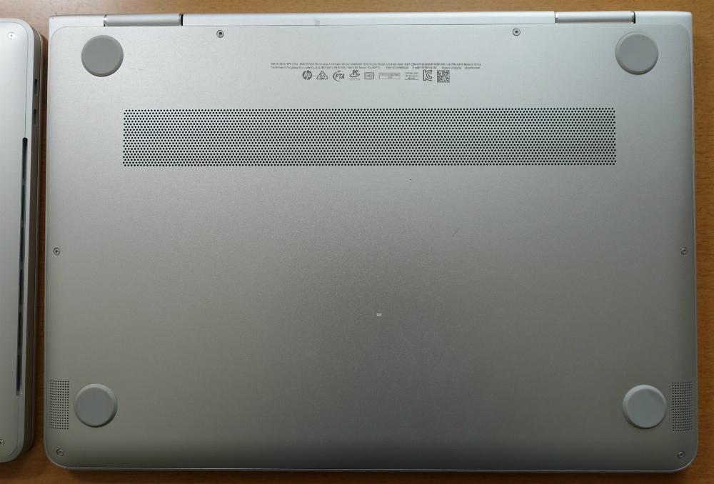 HP spectre x360底面