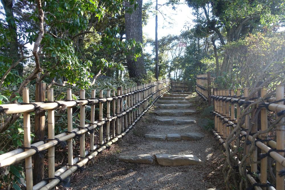 東京都庭園美術館 日本庭園の小径