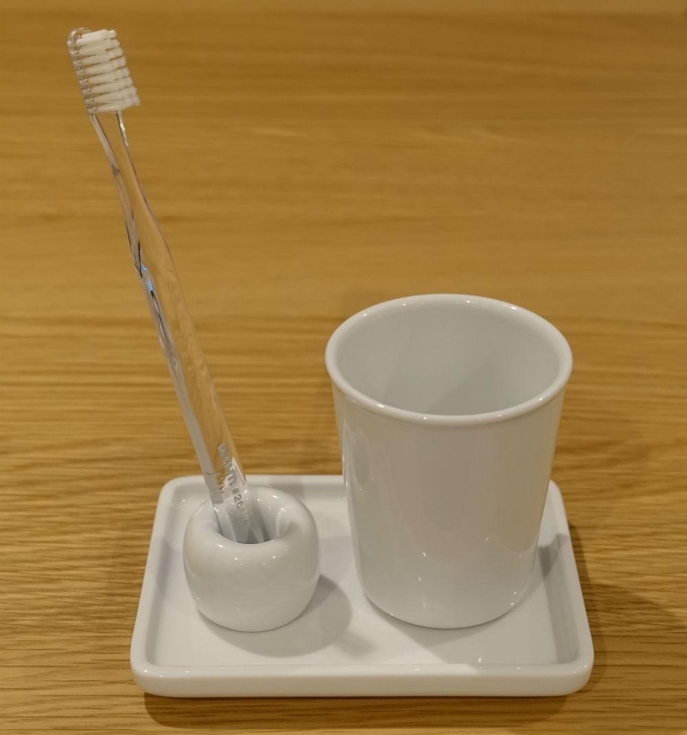 MUJI 白磁歯ブラシスタンド セット