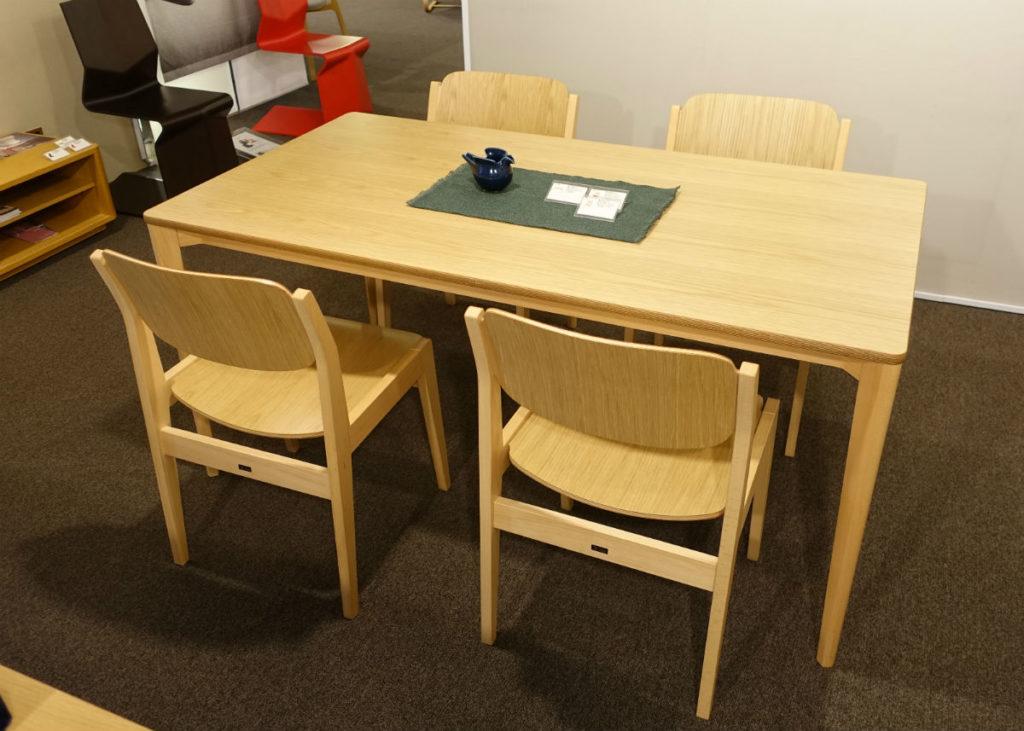 天童木工東京SR ダイニングテーブル04 図書館等で採用多いと