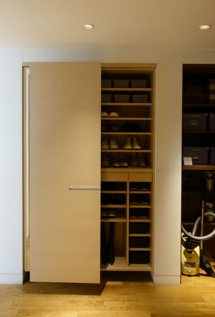 TIME&STYLE HOUSE STORAGE 廊下の収納 玄関の収納