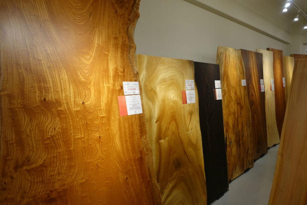 MOKUBA 五反田ショールーム 大きな欅の一枚板等