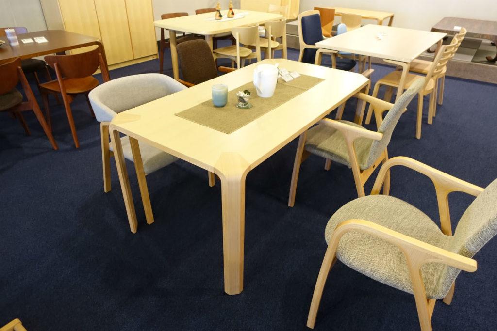 天童木工東京SR ダイニングテーブル