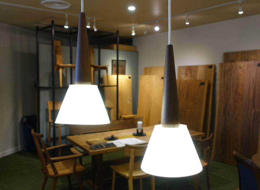 Shirakawa 柿下の照明