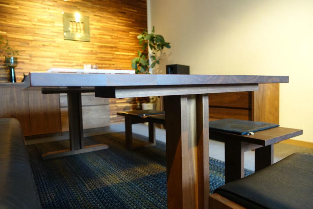 Master Wal 東京 Ritz table 脚