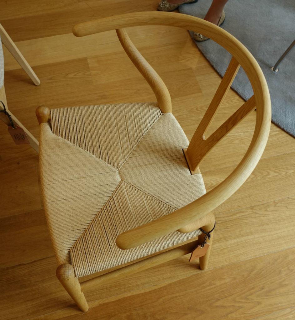Carl hansen 青山 Y chair パルプの座面
