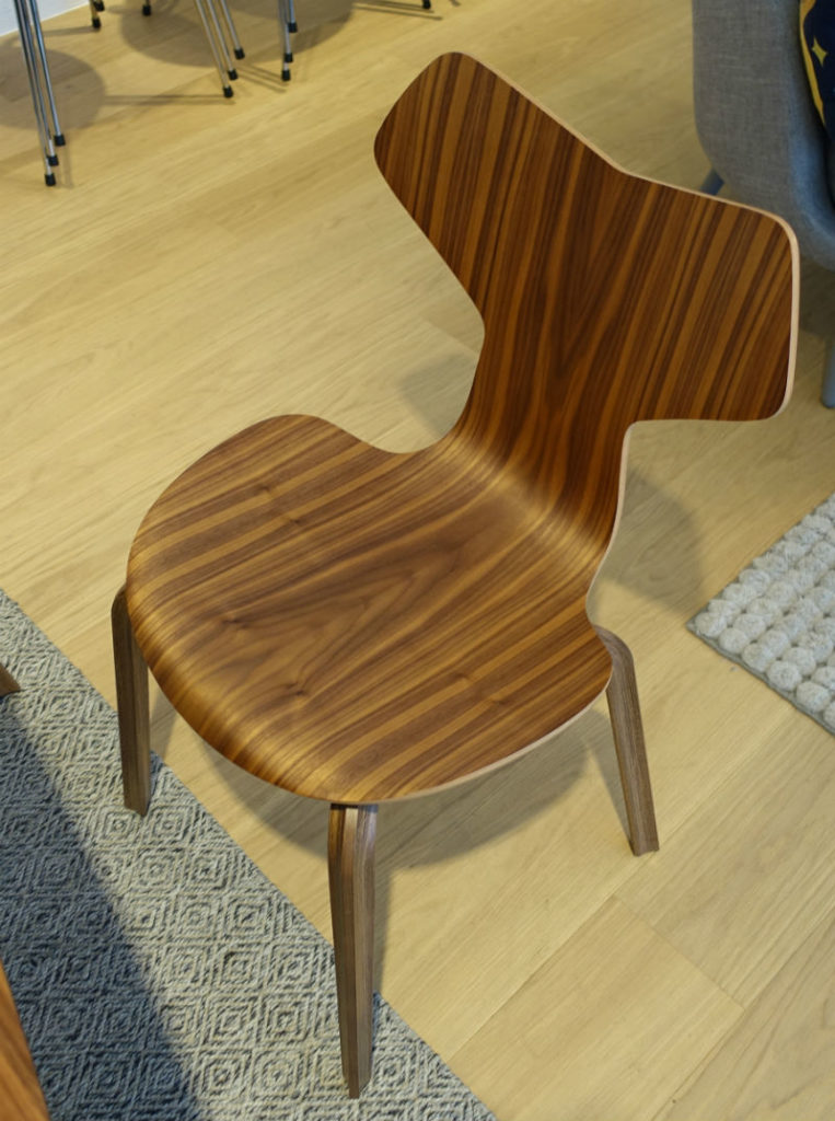 Fritz Hansen Grand prix chair2