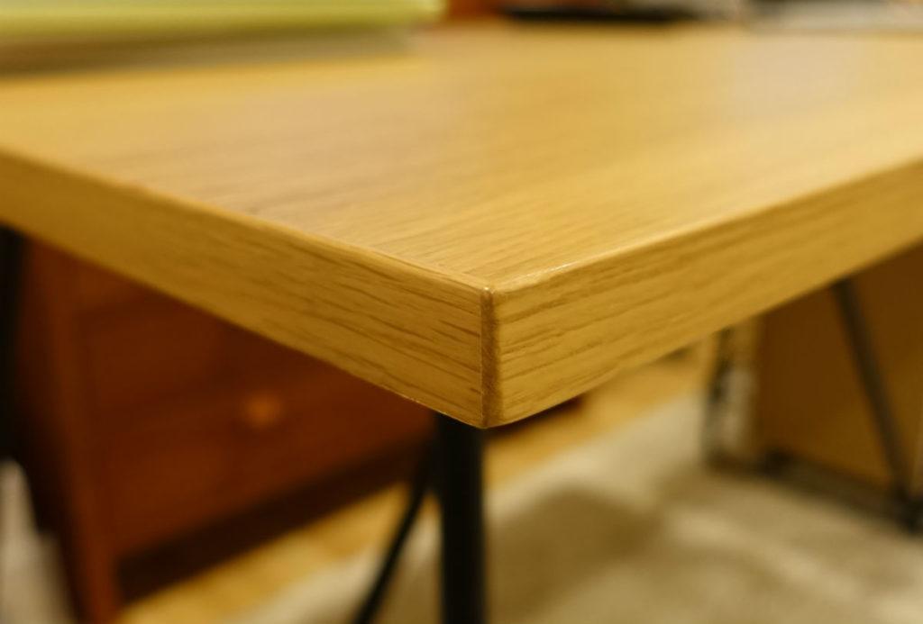 MUJIおりたたみテーブル オークの突板 角の処理