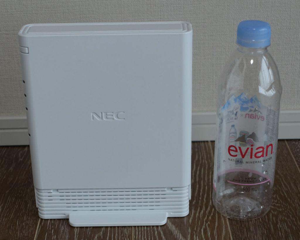 au ひかり電話ホームゲートウェイ BL193HV 側面とサイズ感 縦置き専用