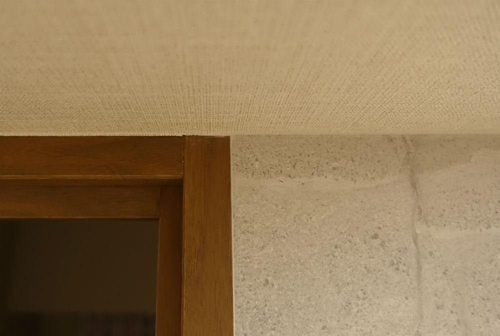 エコカラット ストーングレイス 天井ドア枠との境界
