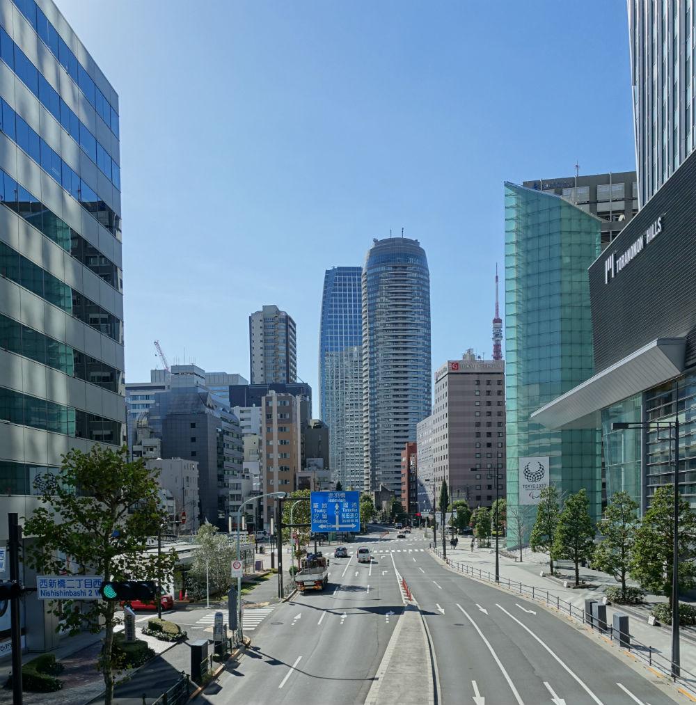虎ノ門ヒルズ森タワーと東京タワー 神谷町駅から愛宕神社へ