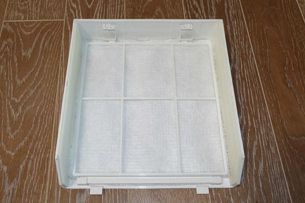 3Mフィルタレットプレミアム エアコン用 フィルター4枚重ねをカバーにセット