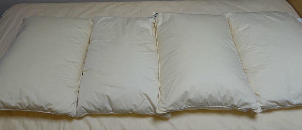リネットふとん 到着後 枕 全体としてはかなり明るくきれいに