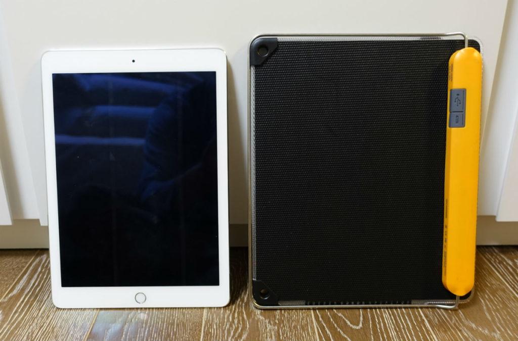 BioLite Solarpanel 10+ iPadとの大きさ比較