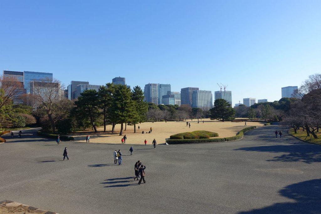 皇居東御苑 本丸 天守台から南方向