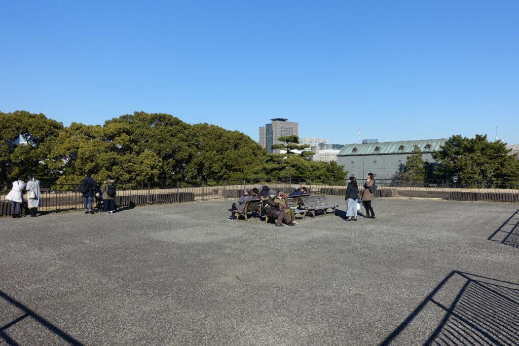 皇居東御苑 本丸 天守台頂上の広場