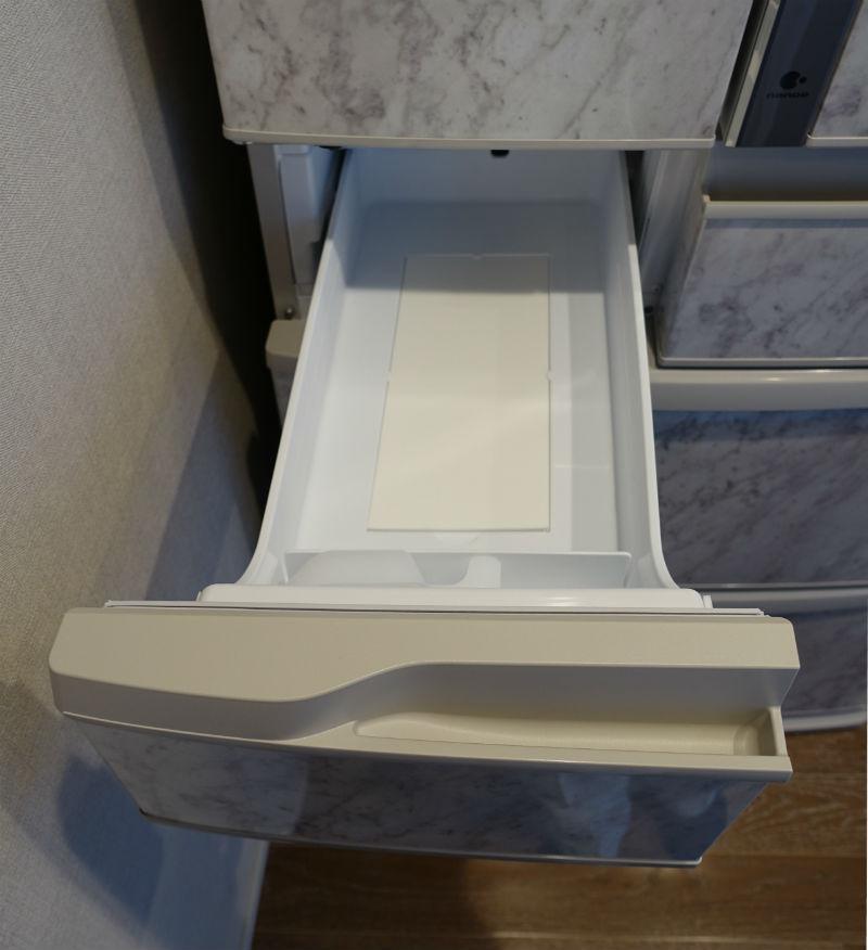 panasonic コーディネートドア冷蔵庫 2段目左 製氷室