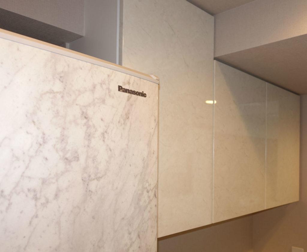 panasonic コーディネートドア冷蔵庫 ホワイトストーン 食器棚とのコーディネート