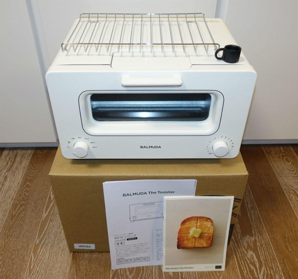 BALUMUDA The toaster white パッケージ中身