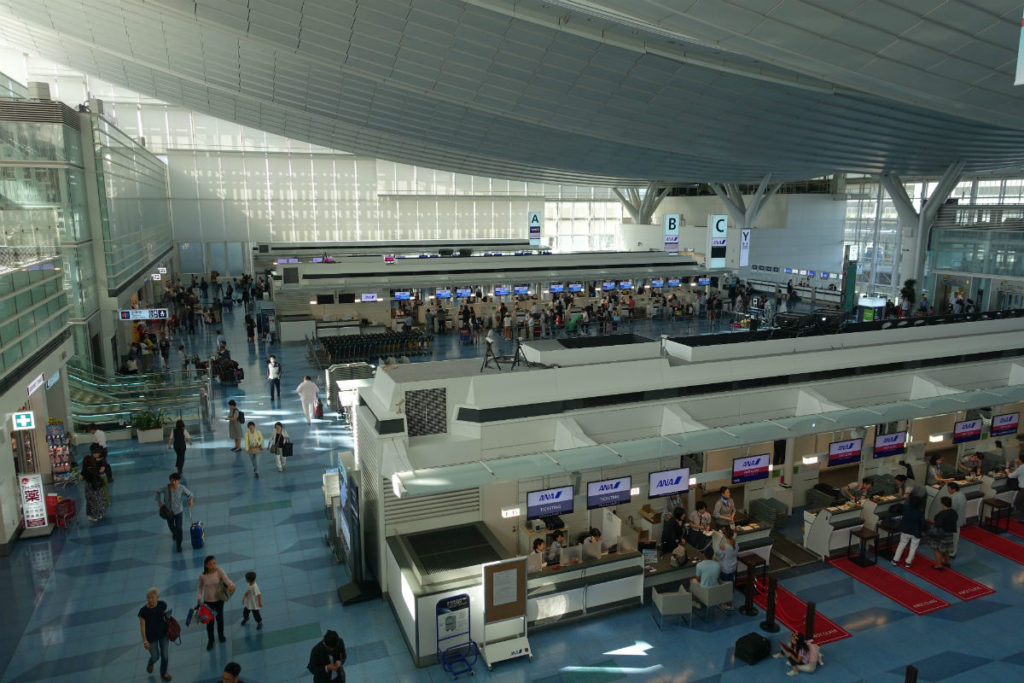 羽田国際線ターミナル 3Fを上から