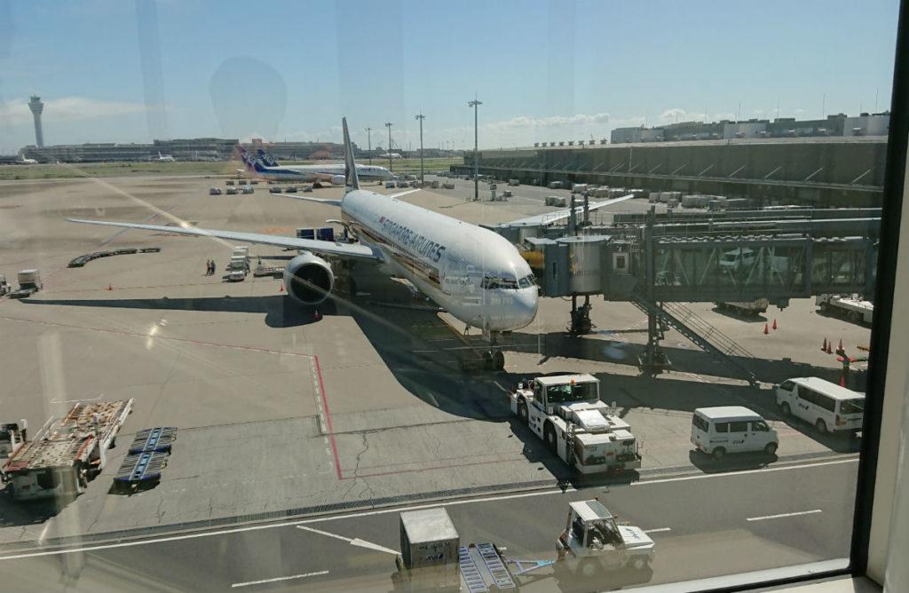 羽田 SQ631 777-300ER