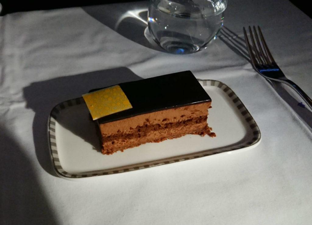 シンガポール航空 SQ636 夜食デザート