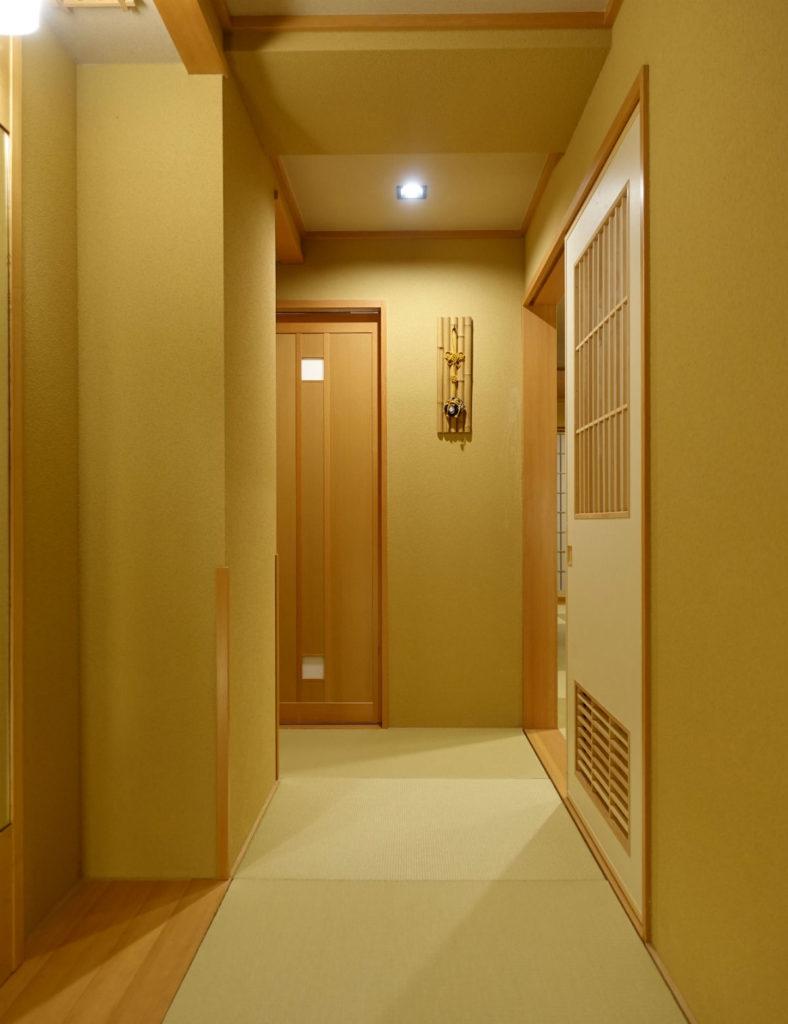 強羅雪月花 翠雲 和フォース 入口から廊下
