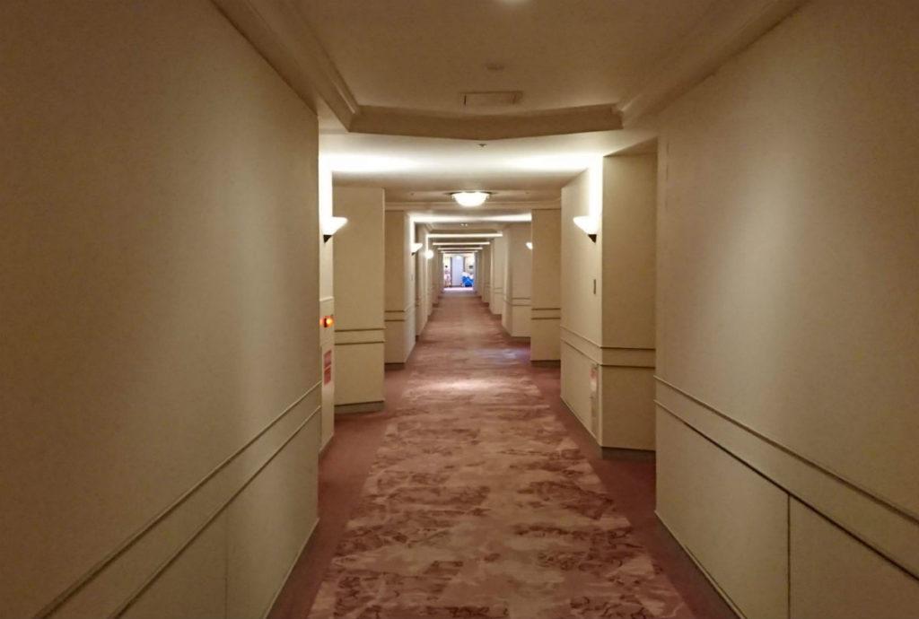 ウィンザーホテル洞爺 客室廊下