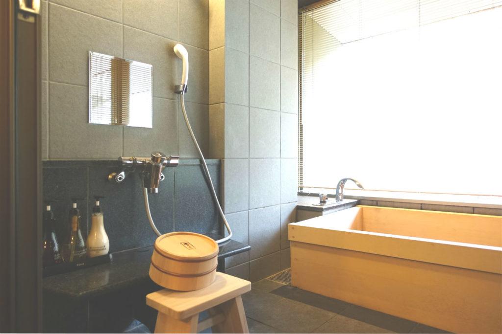 滝の家 AW客室のお風呂