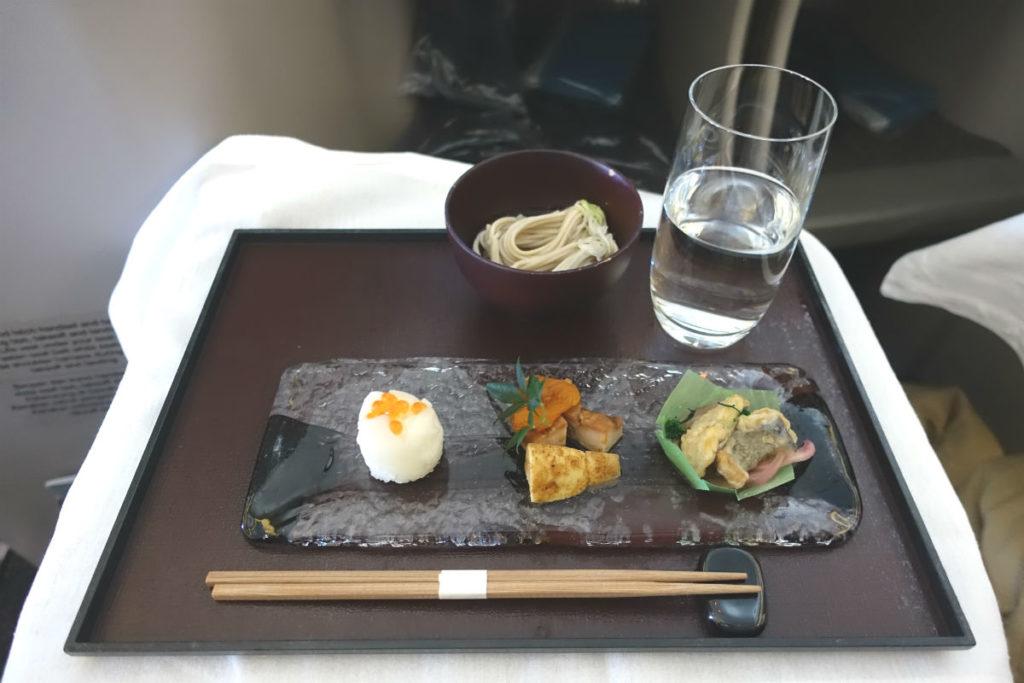 ガルーダインドネシア航空 GA 881 ボーイング777-300ER ビジネスクラス 機内食和食01