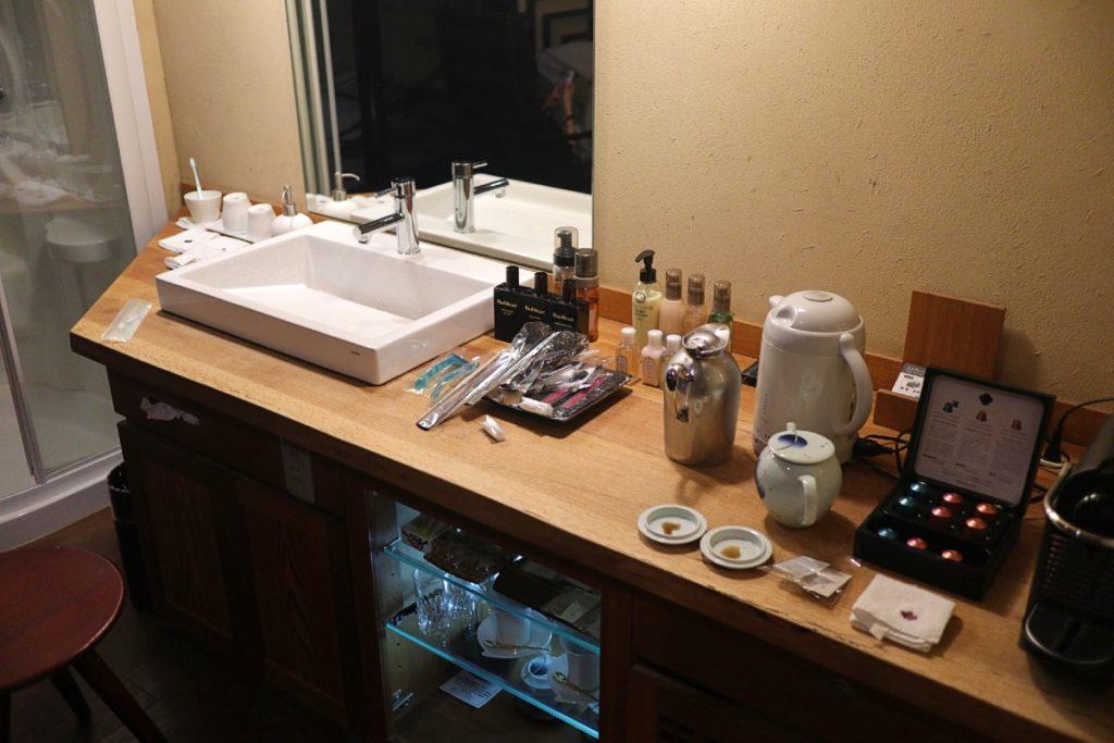 強羅花扇準特別室 洗面台周り